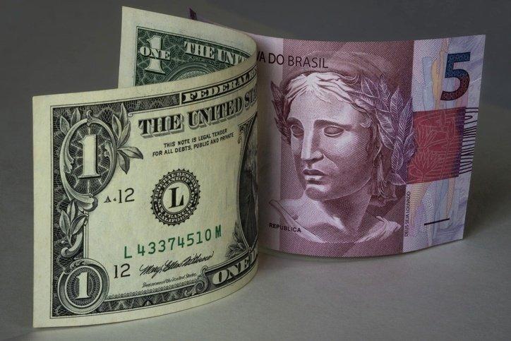 Dolar X Real - T2 Educação